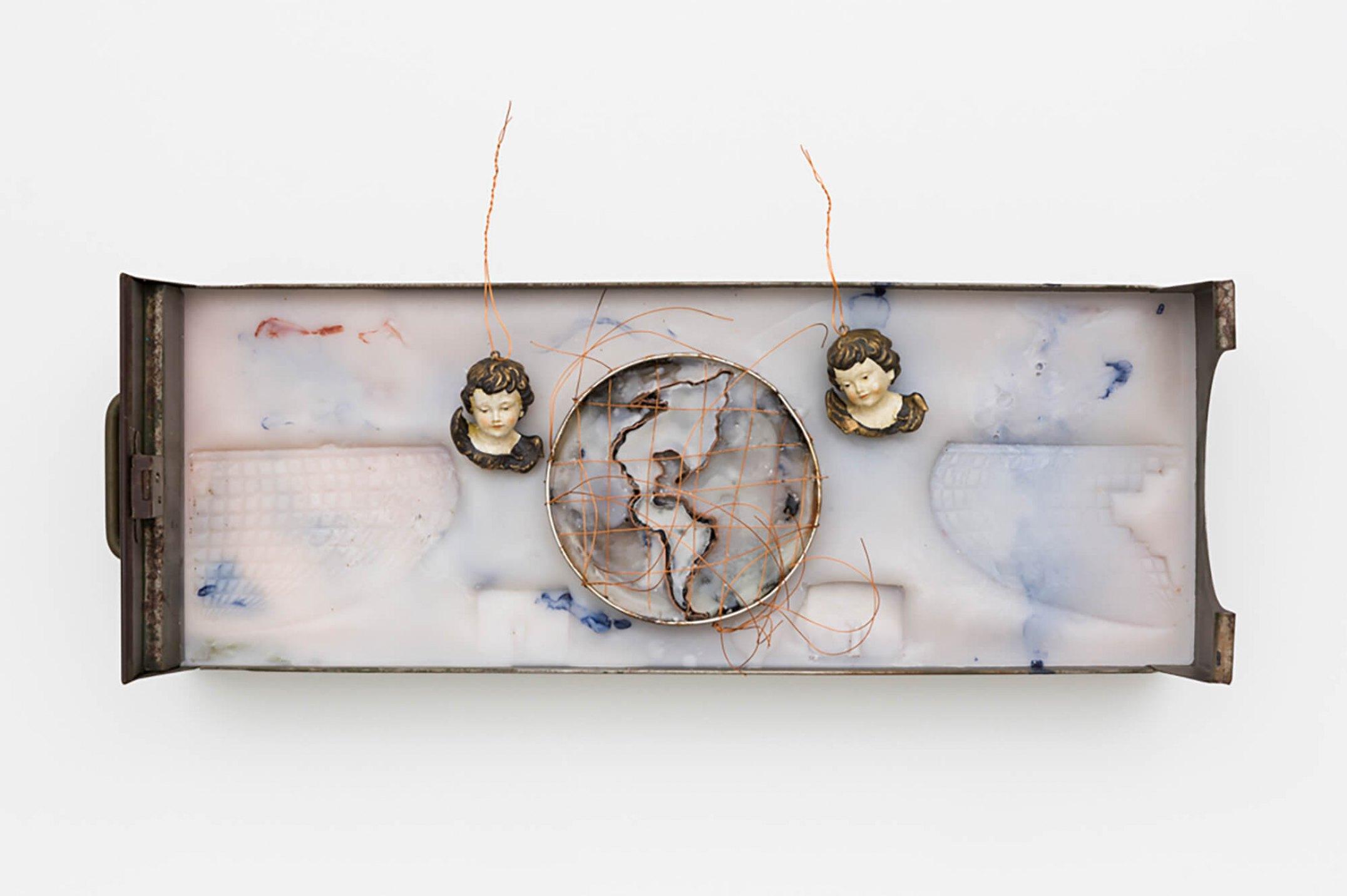 Anna Bella Geiger,&nbsp;<em>Orbis Descriptio com Américas e dois ventos,</em>&nbsp;1999, iron file drawer, encaustic, sheets and wire of copper, pigment and ceramic, 9,5&nbsp;×&nbsp;59,5&nbsp;×&nbsp;6,5 cm - Mendes Wood DM