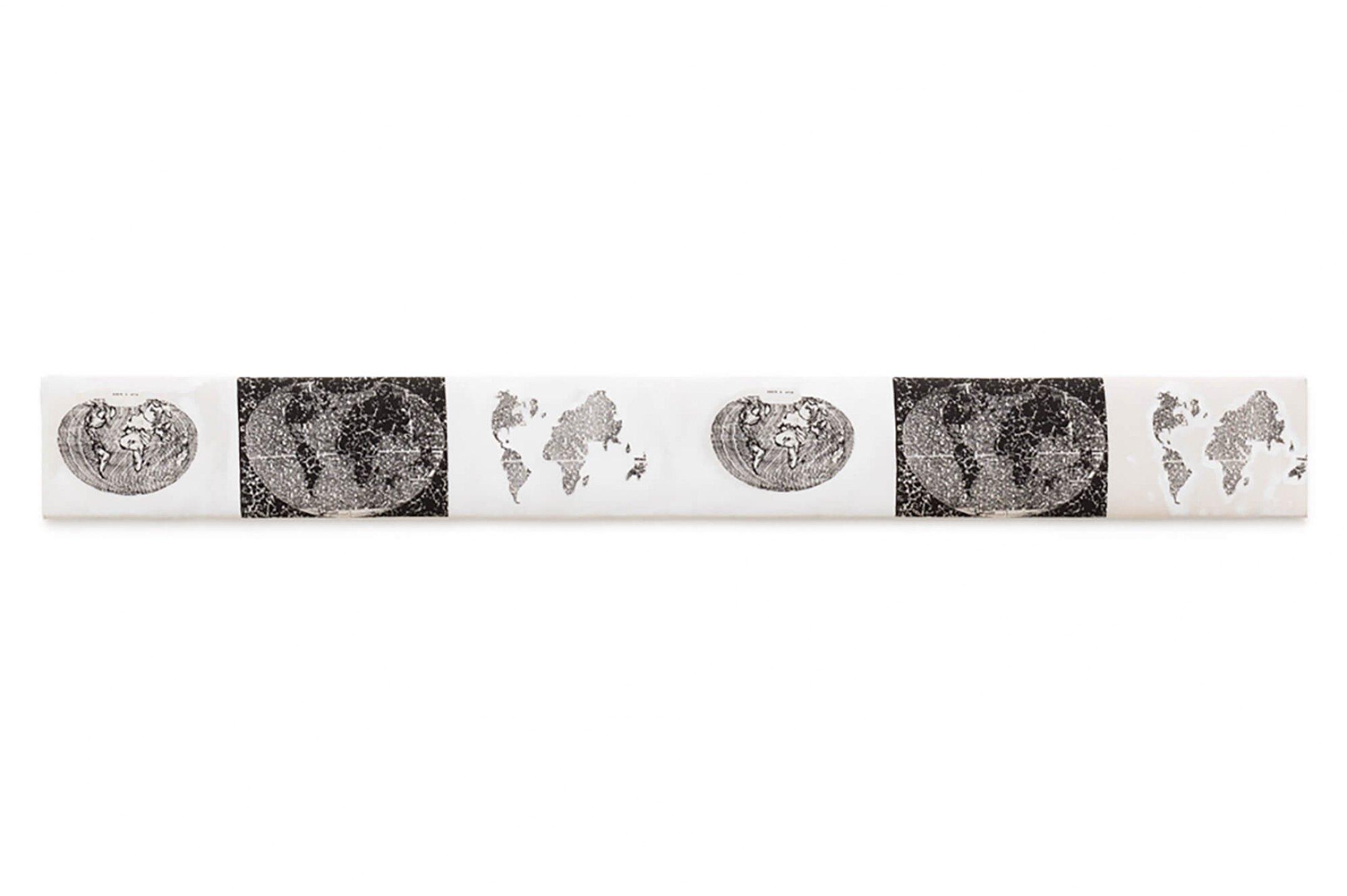 Anna Bella Geiger,<em>Friso macio – Sobre a arte,</em>1980, acrylic on linen, engraving and screen printing, 17 × 148 cm - Mendes Wood DM