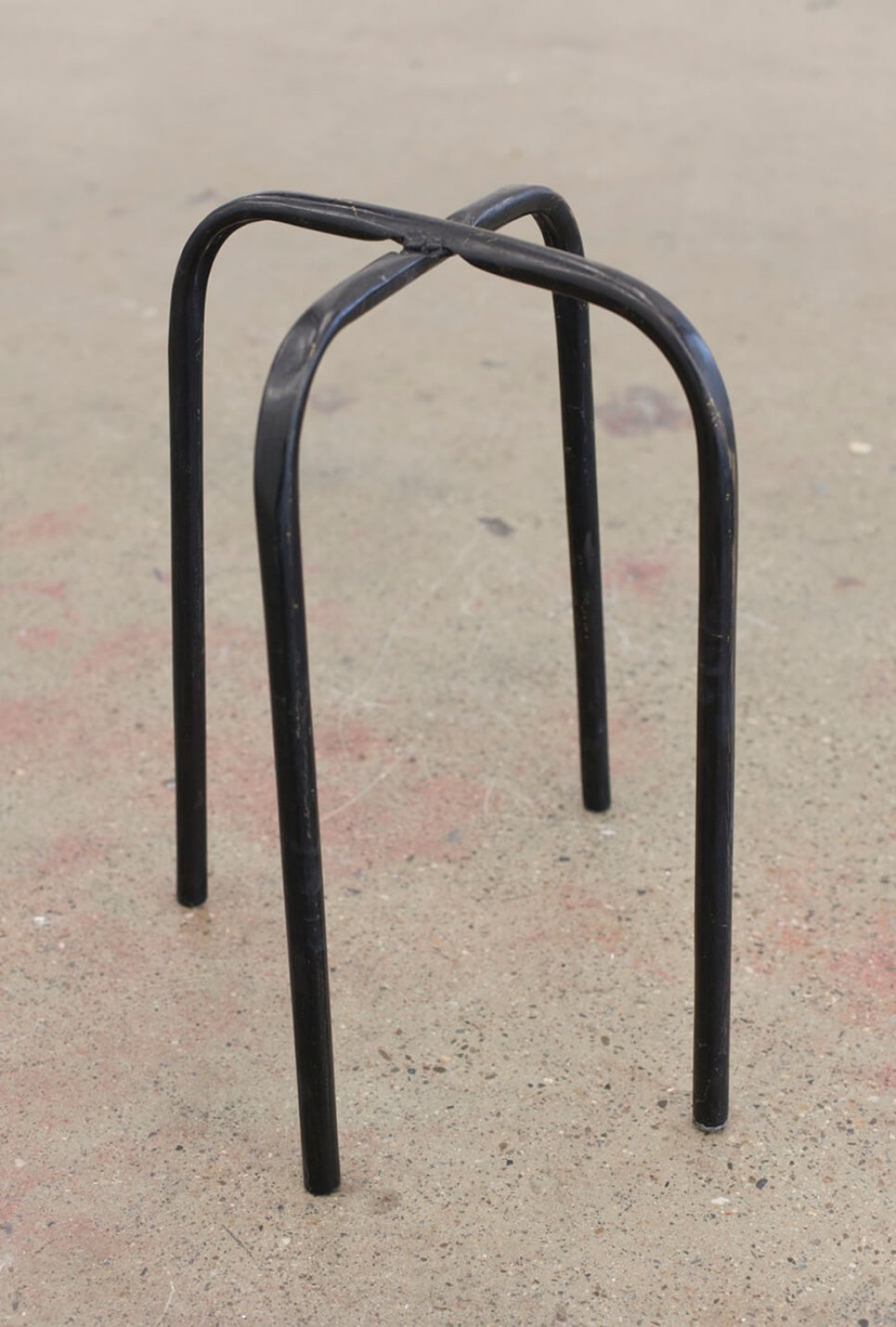Adriano Costa, <em>Spide Chair,</em> 2016, bronze, 30 × 30 × 45 cm - Mendes Wood DM