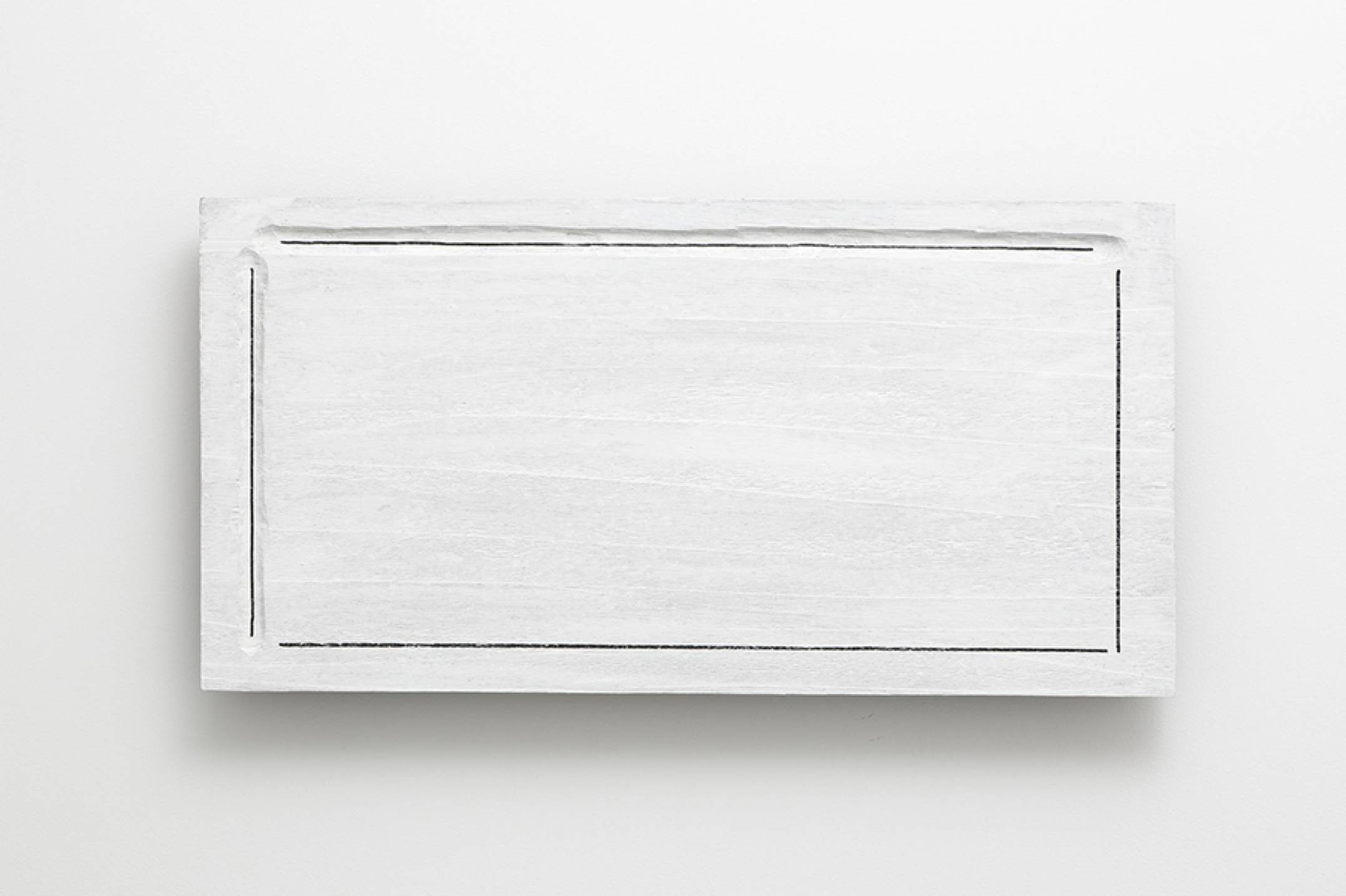 Kishio Suga,&nbsp;<em>Enclosed Condition</em>, 1977,&nbsp;wood, paint, marker pen, varnish, 35,6 × 69,9 × 5,4 cm - Mendes Wood DM