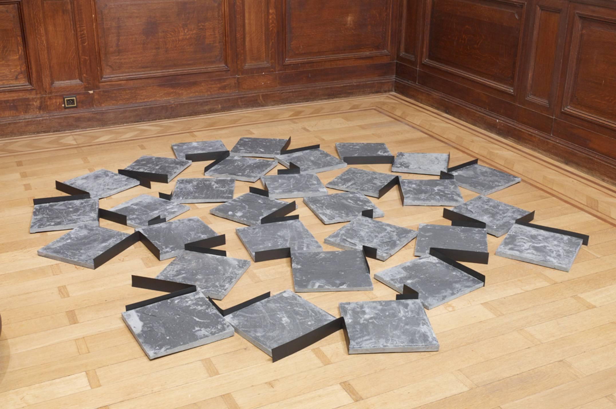 Kishio Suga,<em>Placement of Stone Entities</em>, 1982/2017, stone, paper, variable dimensions - Mendes Wood DM