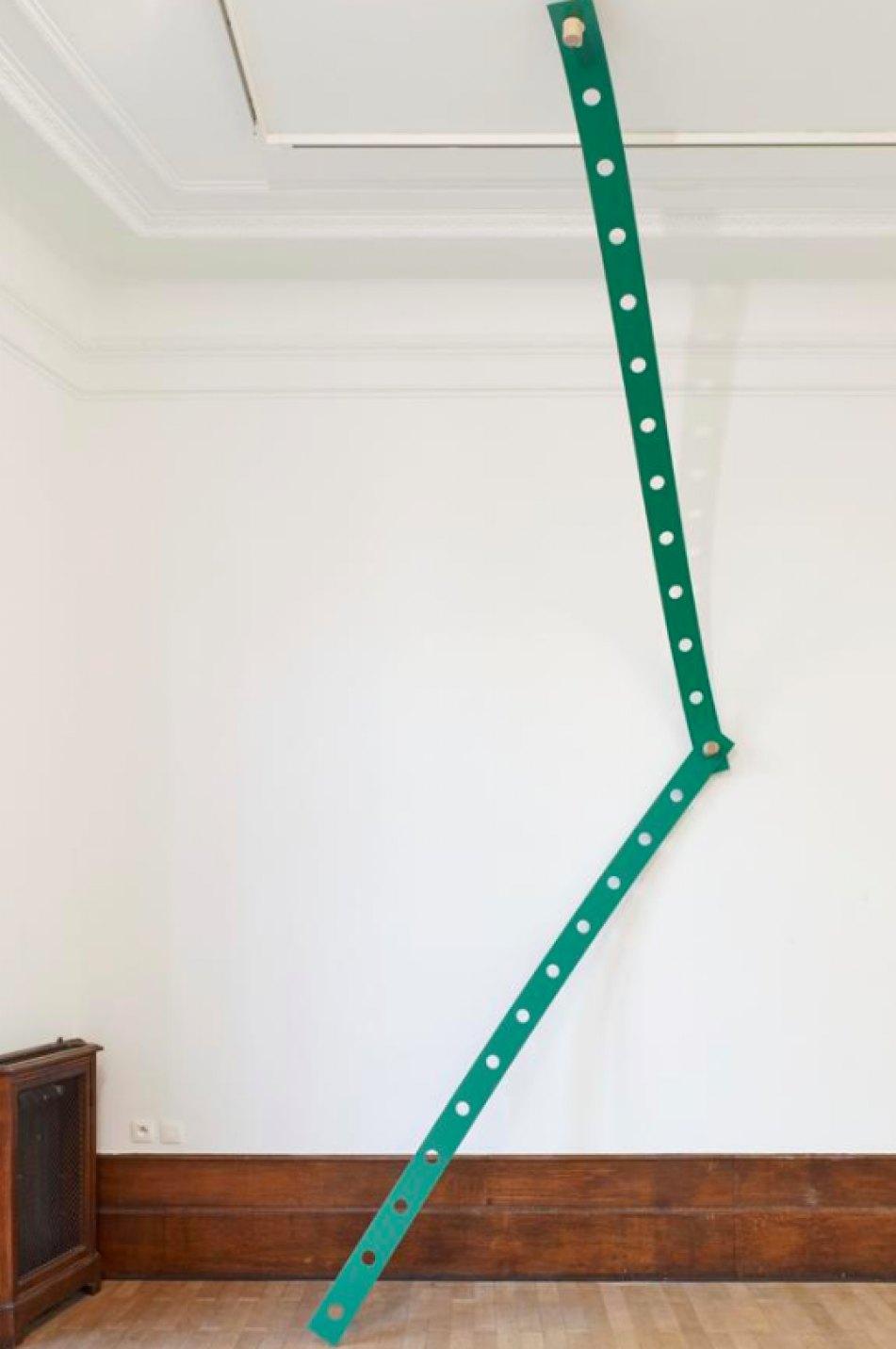 Mariana Castillo Deball,<em>Tonalpohualli Green,</em> 2017, aluminum, wood, bronze, variable dimensions, 270 × 12 × 0,3 cm - Mendes Wood DM