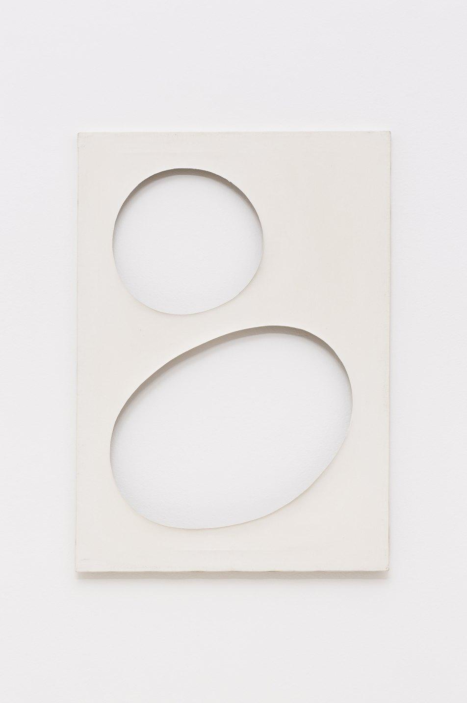 Dadamaino, <em>Volume 109/14,</em> 1958, water-based paint on canvas, 70 × 50 cm - Mendes Wood DM